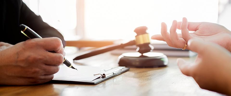 Servicii juridice