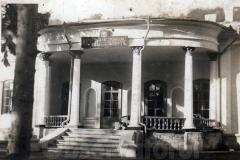 9 Liceul de băieţi A.D. Xenopol (sediu temporar)