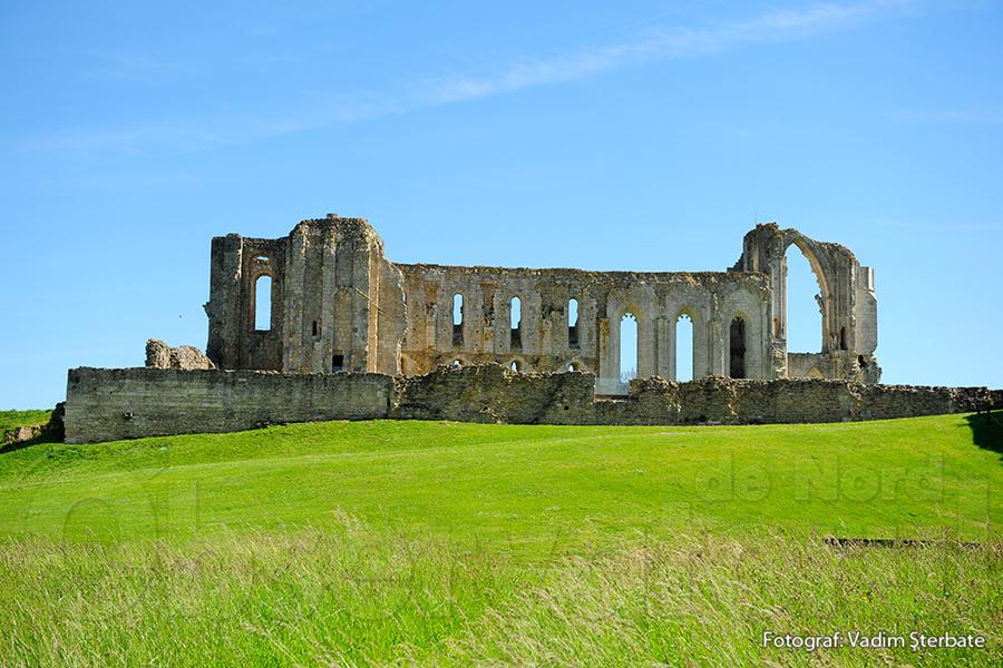 Ruinele Mănăstirii Maillezais sunt animate de tehnologii moderne care pun în valoare potențialul patrimoniului