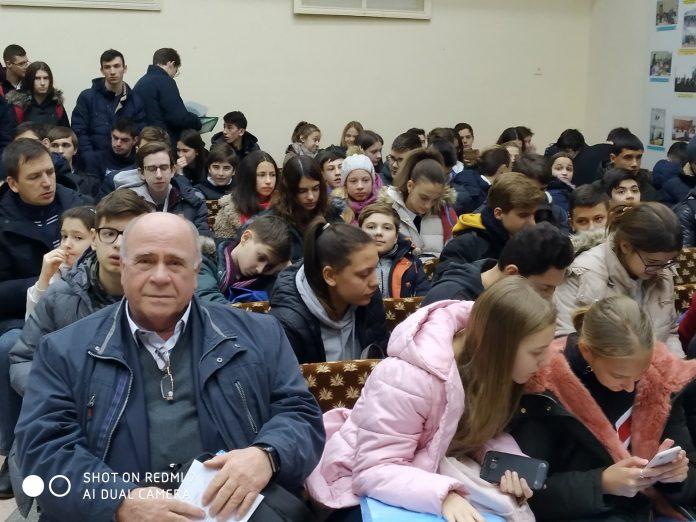Elevii de la Vasilcău s-au dovedit a fi cei mai buni dintre elevii gimnaziilor din Republica Moldova