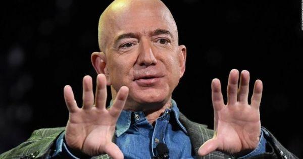 Jeff Bezos rămâne cel mai bogat om de pe planetă